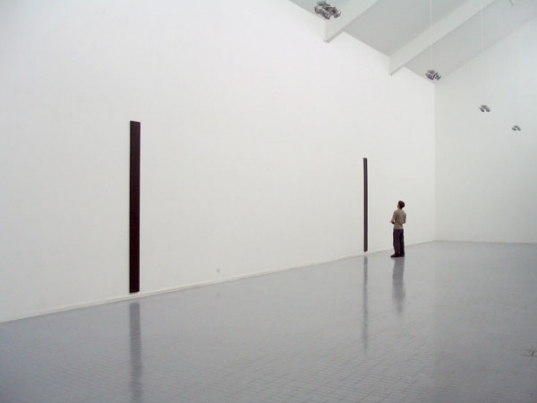http://www.hugopernet.com/files/gimgs/th-14_08_ Amplification_ Acrylique sur toile,  2004-2005 (détruit).jpg