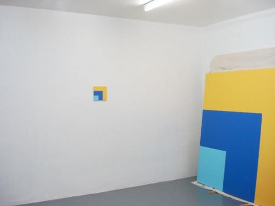http://www.hugopernet.com/files/gimgs/th-19_04_ Rouge jaune bleu (catalogue)_ Acrylique sur toile, 20x20 cm.jpg